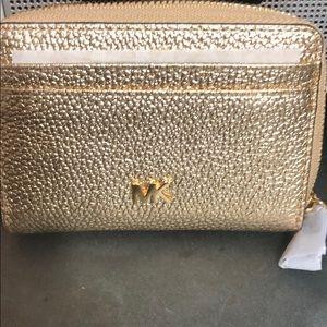 Michael Kors wallet gold brand new